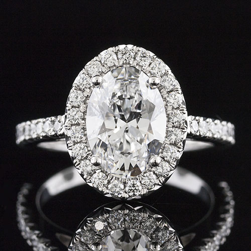 1606-1 Classic Vintage-inspired cutdown-set oval halo diamond platinum engagement ring semi mount