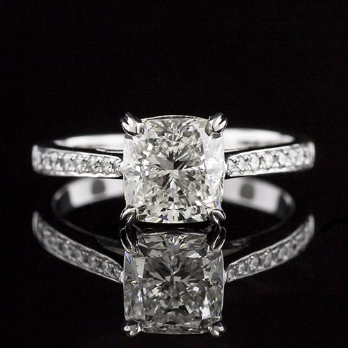 1636-1 Graduated Pave-set diamond Art Deco-inspired tapered shank platinum engagement ring semi mount