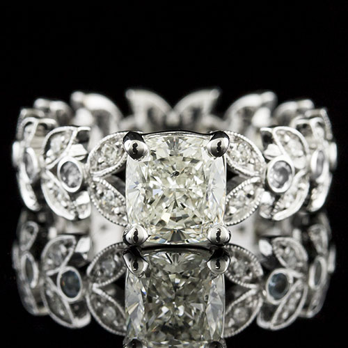 1428-1 Leaf motif Vintage-inspired Pave set and bezel set diamond platinum engagement ring semi mount