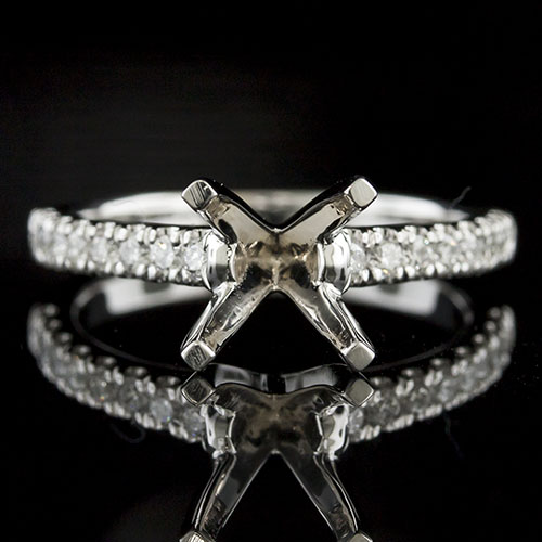 1435-1 Traditional 4-prong groove-set diamond shank platinum engagement ring semi mount