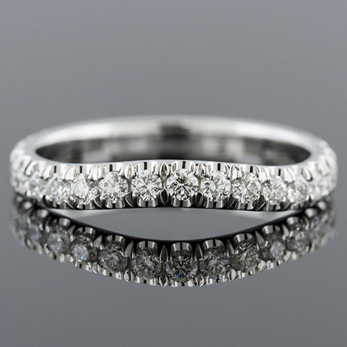 1404W-101P Curved groove set diamond platinum half dome profile three-quarter wedding band