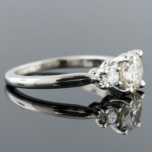 1409-1 Traditional 3-stone high polish platinum engagement ring semi mount
