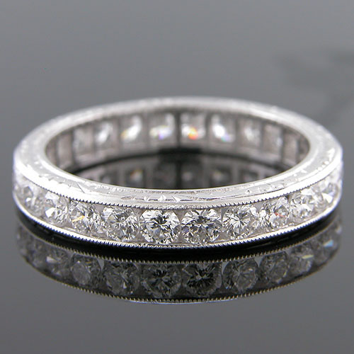520-101 Brilliant cut white diamond 3.5mm platinum antique reproduction band
