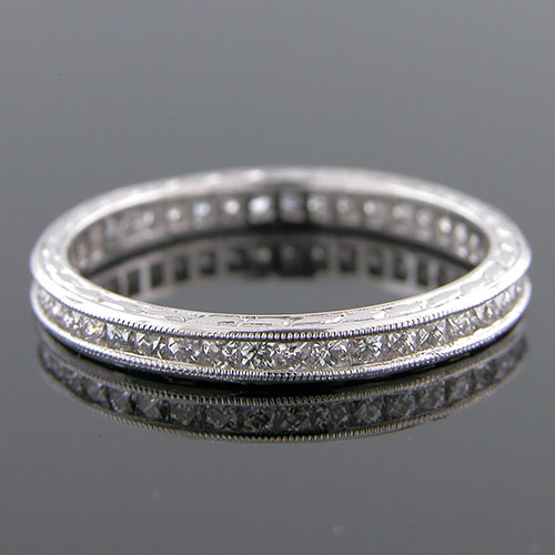 543-103 French cut diamond 2.2mm antique reproduction platinum band
