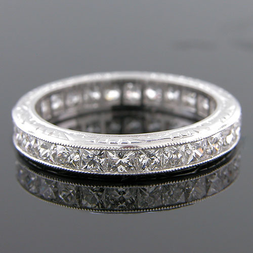 523-103 French cut diamond 3.5mm antique reproduction platinum band