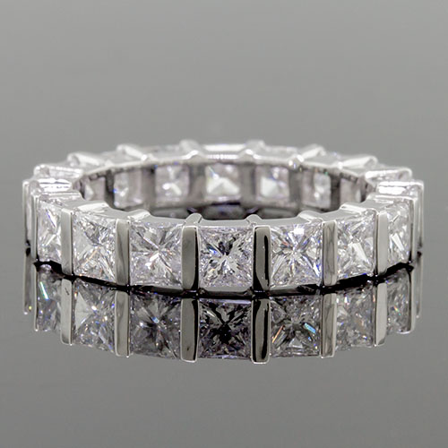 PPD235-101P Modern Bar-set Princess cut square diamond box profile platinum wedding eternity band