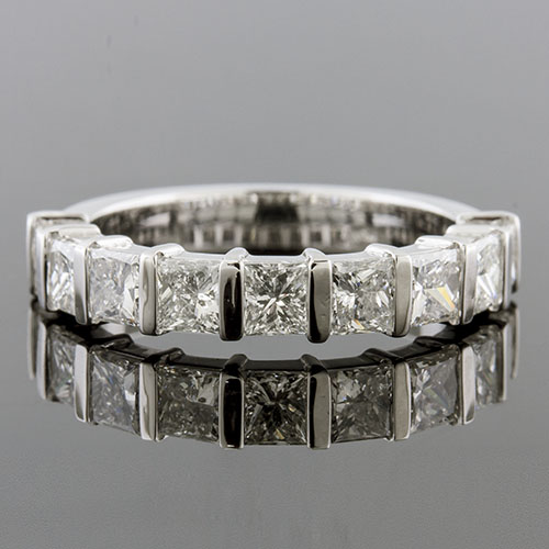 PPD235H-101P Modern Bar-set Princess cut square diamond box profile half-stone platinum wedding band