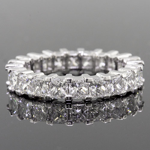 PPD236-101P Modern Split Squared-prong set Princess cut square diamond box profile platinum wedding eternity band