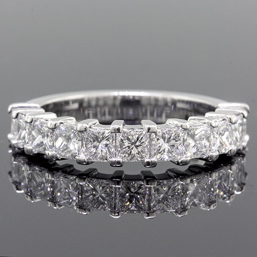PPD236H-101P Modern Split Squared-prong set Princess cut diamond box profile half-stone platinum wedding band