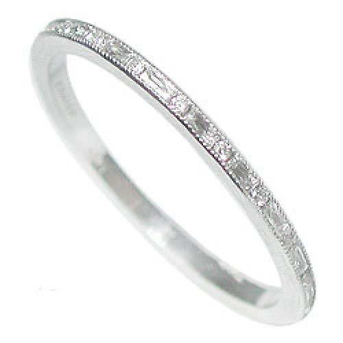 055B-103P Ultra thin alternating French cut baguette diamond and round diamond platinum wedding eternity band