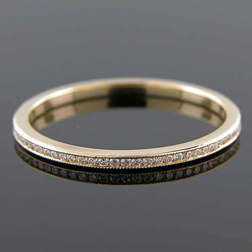 055Y-101P Ultra thin channel set round white diamond 18K gold wedding eternity band - Click Image to Close